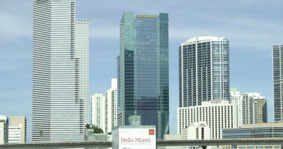 À Miami Surplus de condos pour millionnaires