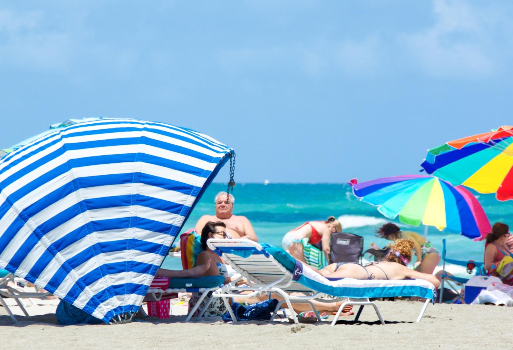 FLORIDE, LE 10 MAI 2021 – ESSENCE $$ ET VIE PLUS NORMALE