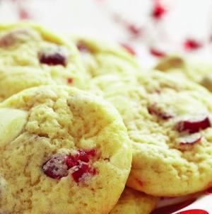 Biscuits festifs aux canneberges et au chocolat blanc