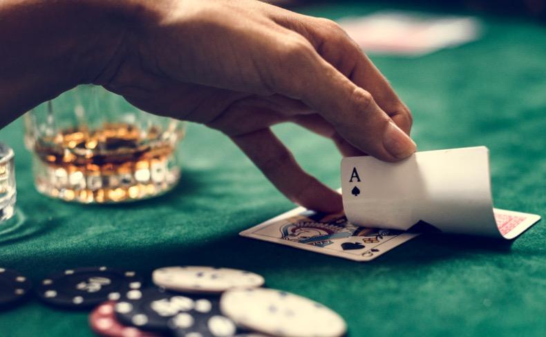 Pourquoi me prélève-t-on une taxe sur un jackpot de casino ?